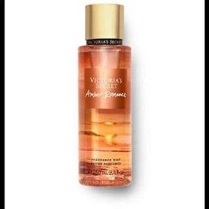 Victoria's Secret amber romance fragrance mist✨
